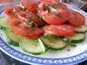 Gurken-Tomatensalat